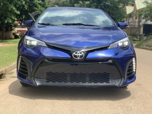 Neatly used 2017 TOYOTA COROLLA SE for sale