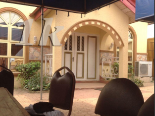 Event centres in Lagos-mainland | Event Center With Bar And 2 Bedroom Duplex for sale